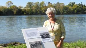 Lise Gauvin nous donne des informations sur les utilisations du quai McFarlane à l'époque ...