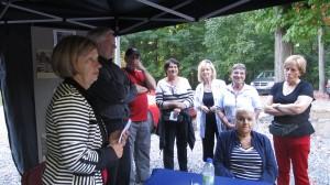 En fin de journée, le tirage de plusieurs prix en présence du maire de la ville, monsieur Michel Gilbert, de la présidente de Patrimoine hilairemontais, madame Antoinette Leroux et de quelques bénévoles.