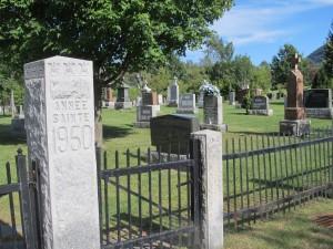 La paroisse le cimetière